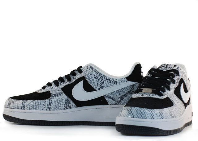 AIR FORCE 1 Low 40-47[Ref. 13]